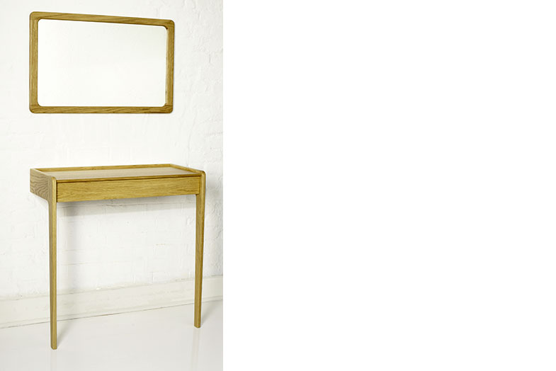 Agnes Console and Mirror